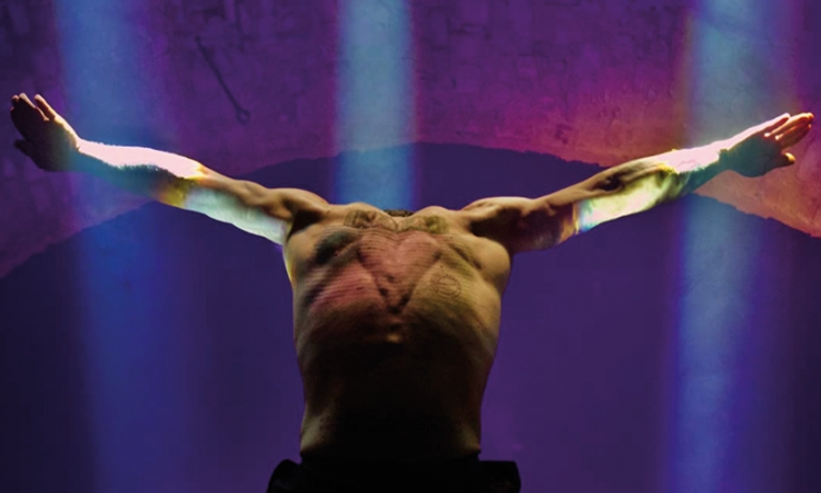"""Kaouther Ben Hania, """"The Man Who Sold His Skin"""" (Film Still)"""
